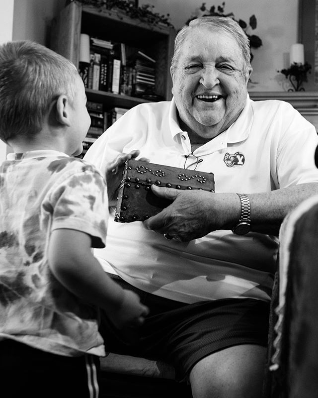The Magic Treasure Box. #photography #documentaryphotography #dayinthelife #utahphotographer #utahfamilyphotographer #fuji #fujifilm #fujifilm_xseries #fujixt2 #fujifilmxt2 #fujifeed #fujilove #myfujifilm #grandpa #blackandwhitephotography