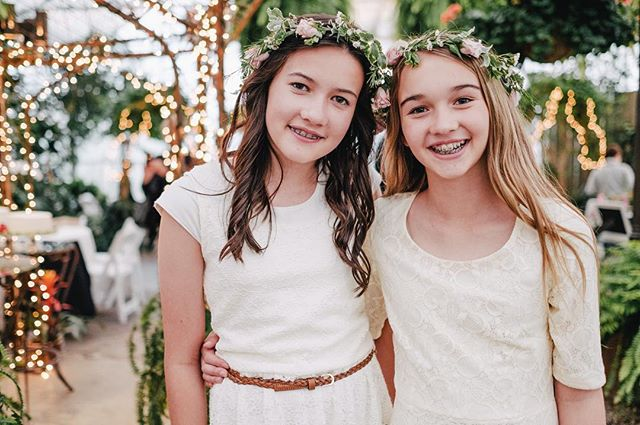 Braces twins @lejardinweddings #photography #wedding #weddingphotography #weddinginspiration #weddingphotographer #weddings #utahwedding #utahbride #bridal #utahweddingphotographer #utahphotographer #utahfamilyphotographer #provo #utah #lds #mormon #downtownprovo #utahvalleybride #temple #fuji #fujifilm #fujifilm_xseries #fujifilmxt2 #fujixt2 #xt2 #fujifeed #fujilove #myfujifilm #junebugweddings
