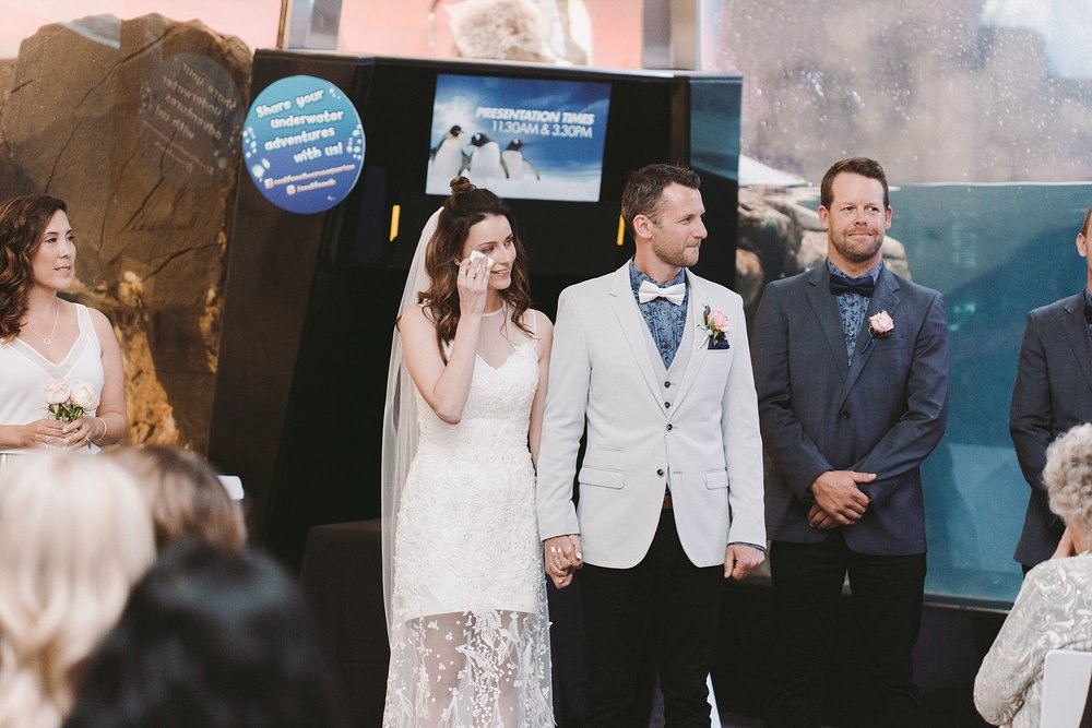 Lecinda Ward, Melbourne Wedding Photographer, Melbourne Aquarium_0238.jpg