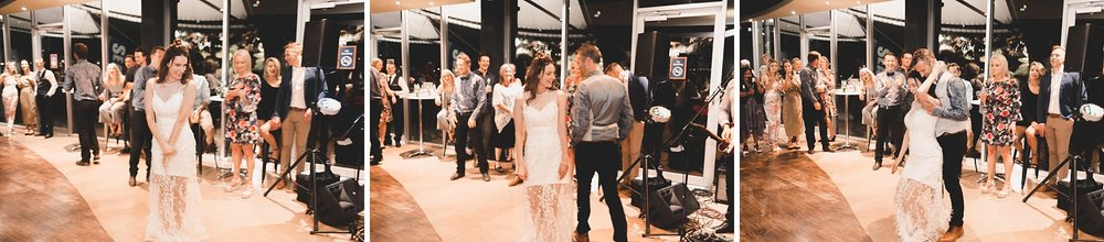 Lecinda Ward, Melbourne Wedding Photographer, Melbourne Aquarium_0292.jpg