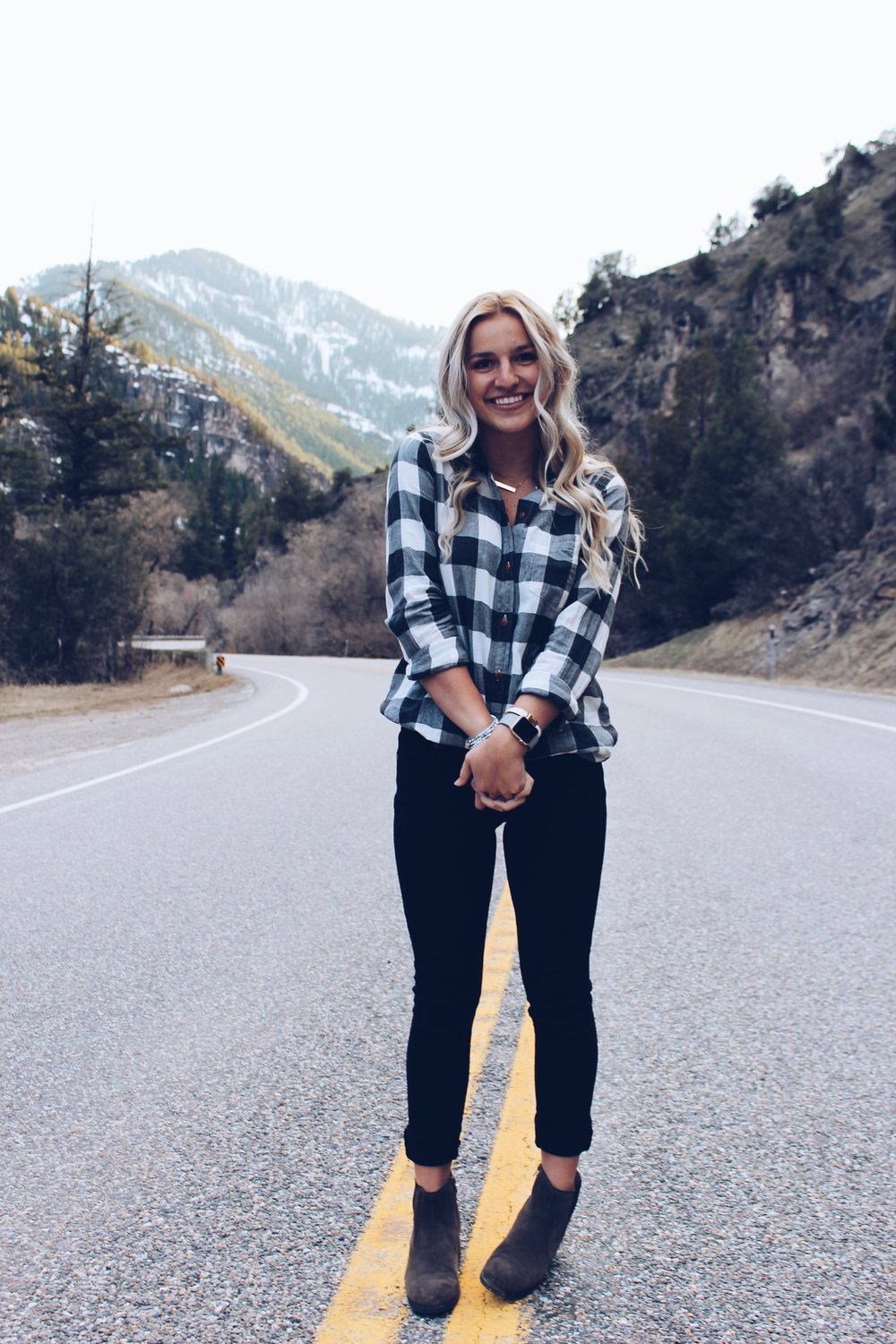 Fall lookbook inspiration. The pair of jeans every girl needs