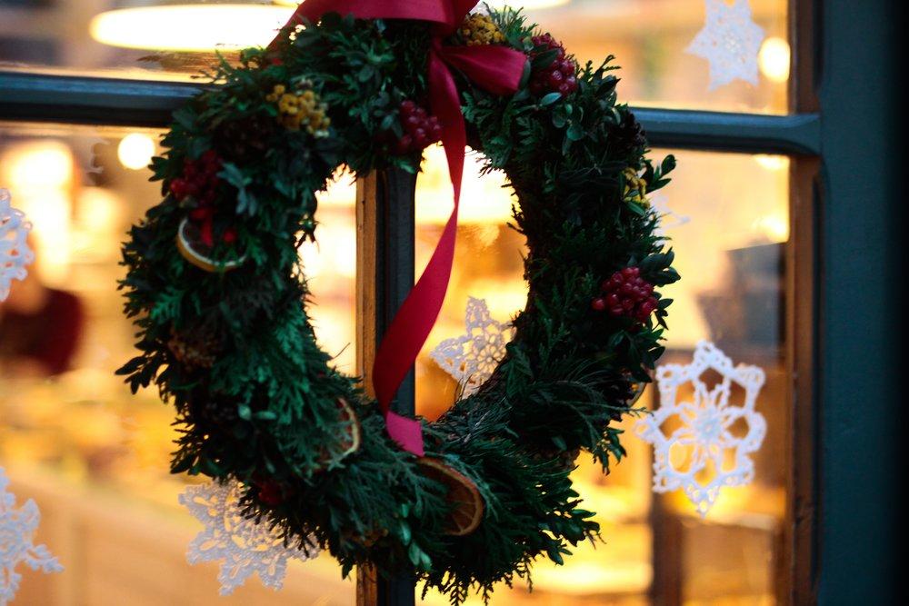 Julebord 2017 - Inviter til julebord på snaufjellet i Valdres.2450.- pr person i dobbeltrom, fredag - søndaginkl. frokost, stor julebordsbuffet, brunsjGjelder helgene: 1-3. desember, 8.-9.desember, 15. -16. desember