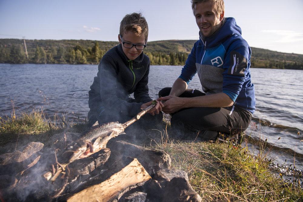 Finn ditt fiskevann - Visit Valdres har laget en egen fiskeguide for 2018, med et bredt og variert utvalg av fiskevann i hele Valdres. Reiser du med bil har du mulighet til å bevege deg enda lenger, og kanskje utforske flere Valdres-kommuner.