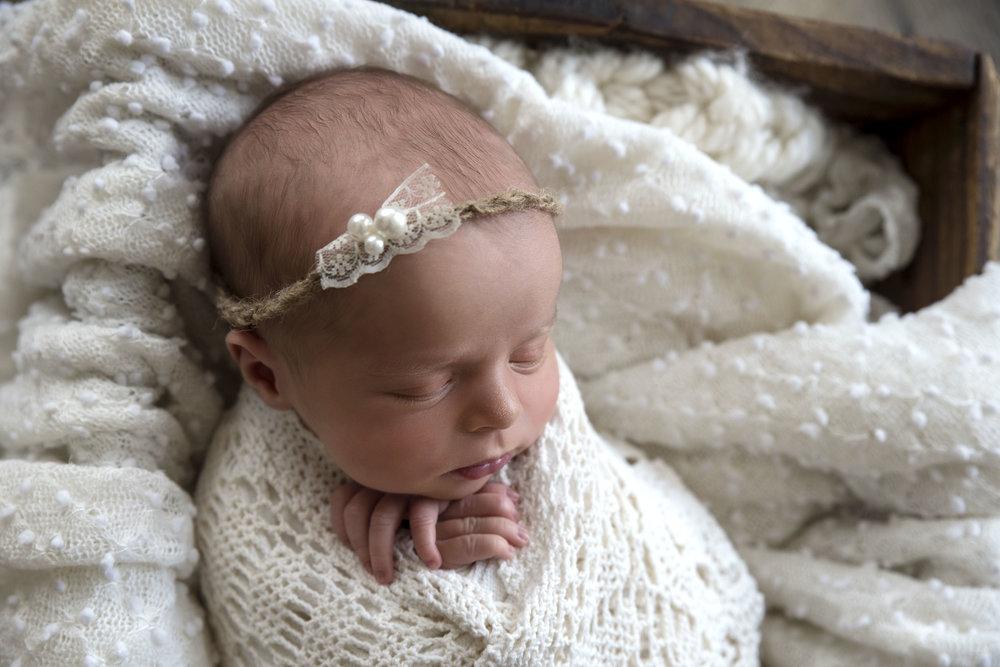 Newborn (47).jpg