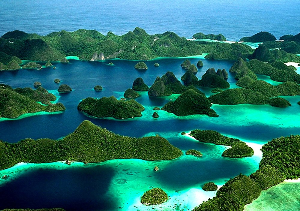 raja-ampat-islands.jpg