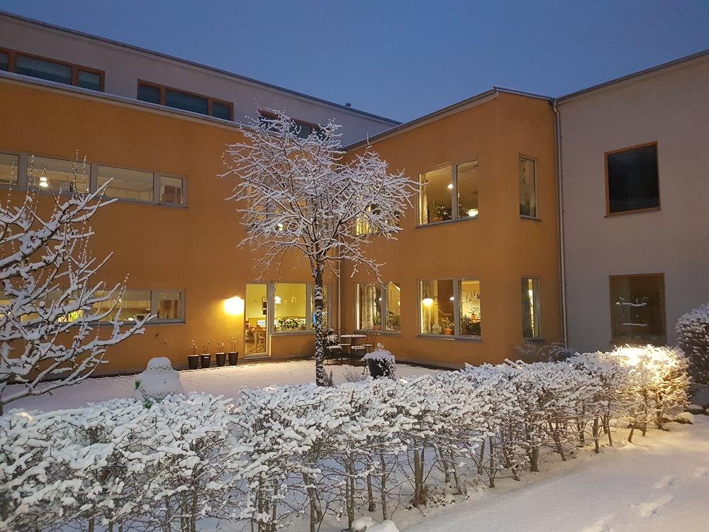 Huset i vinterskrud.jpg