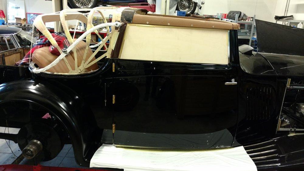 Rolls Royce phantom 2 website hout.jpg