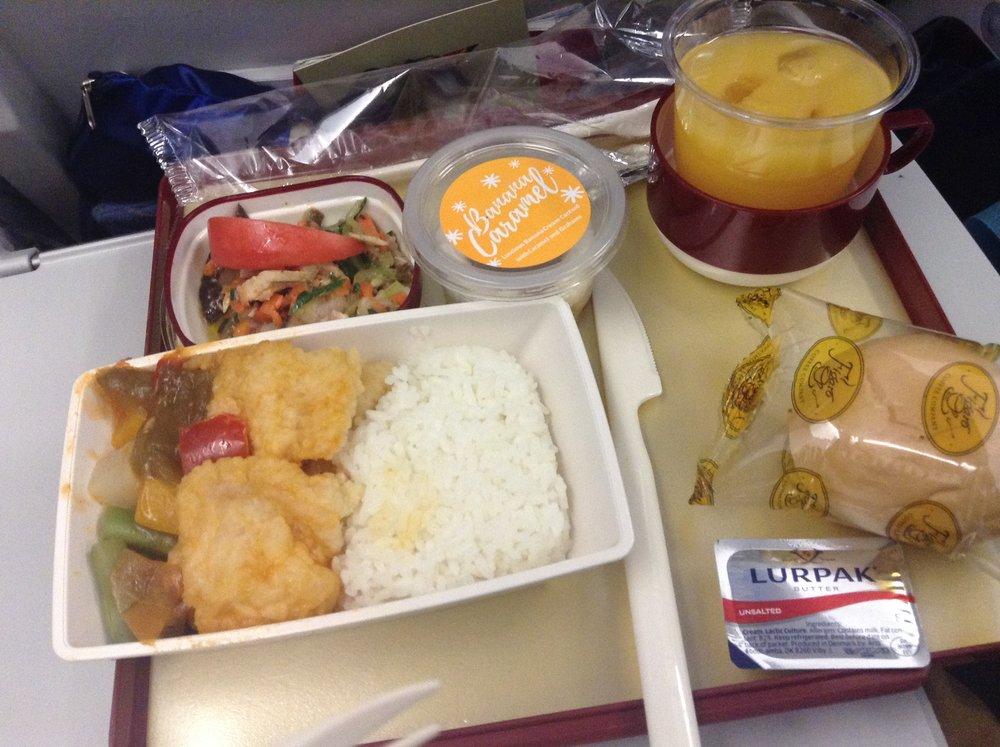 フィリピン航空の晩ごはん