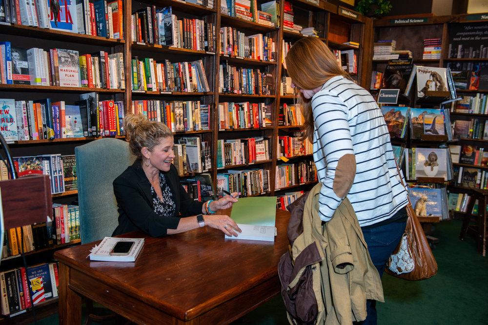 Lisa_Druxman_Empowered_Mama_Book