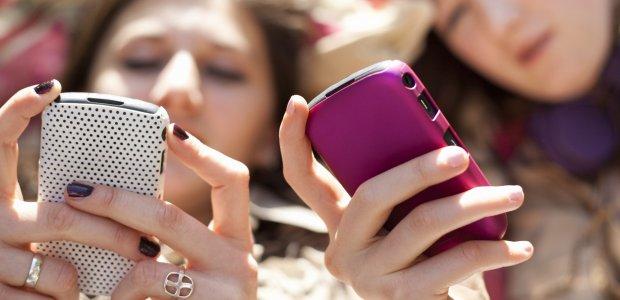 teen-texting.jpg