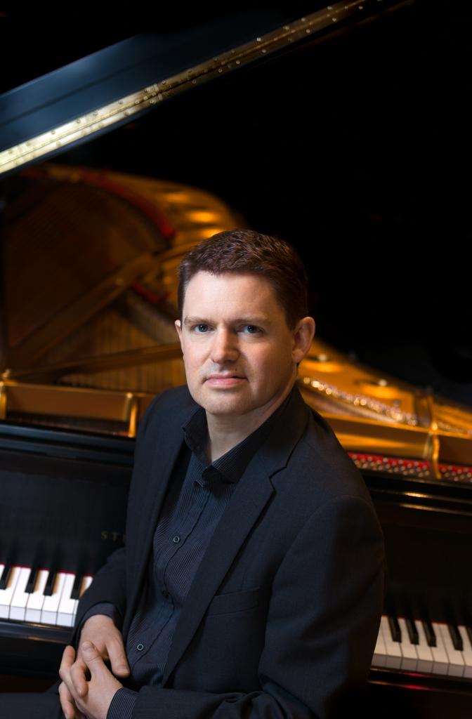 Dr. Geoffrey Duce, Piano