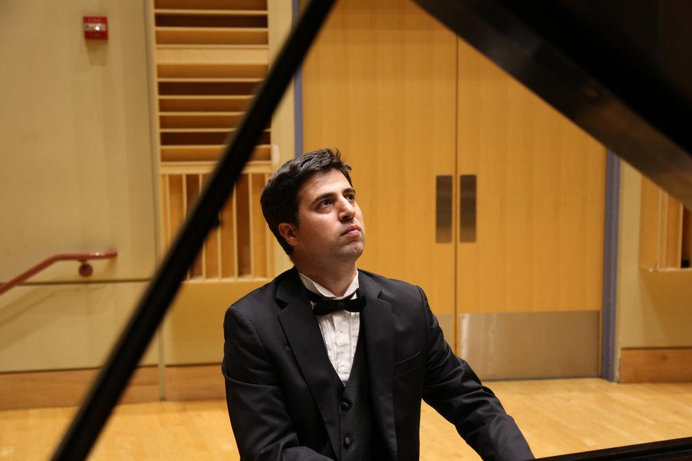 Alexandre Tsomaia, Piano