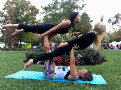 MOVE with Acroyoga