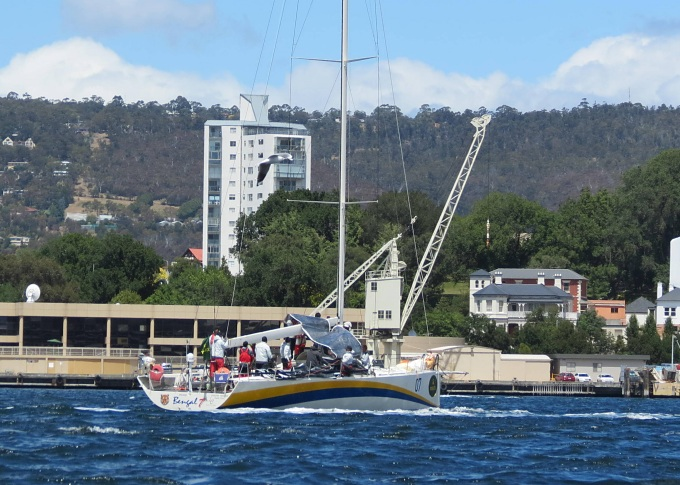 sydney hobart race bengal 7 arrives
