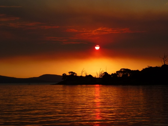bushfires_smokey sunset