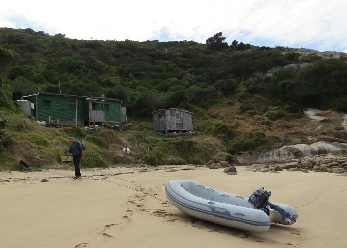 erith island west cove beach shack