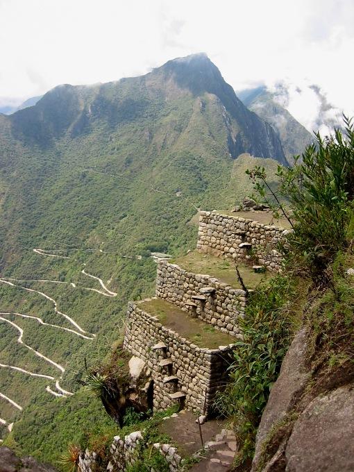 mach pich climbing huayna picchu