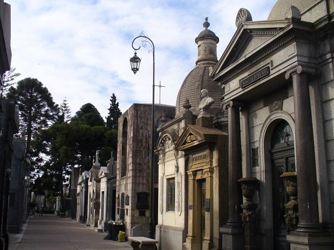 cemeteries_recoleta buenos aires argentina