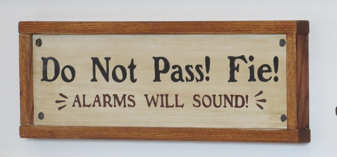 do not pass! fie!