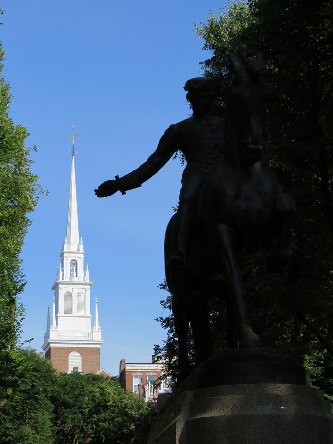 old north church and statue of paul revere