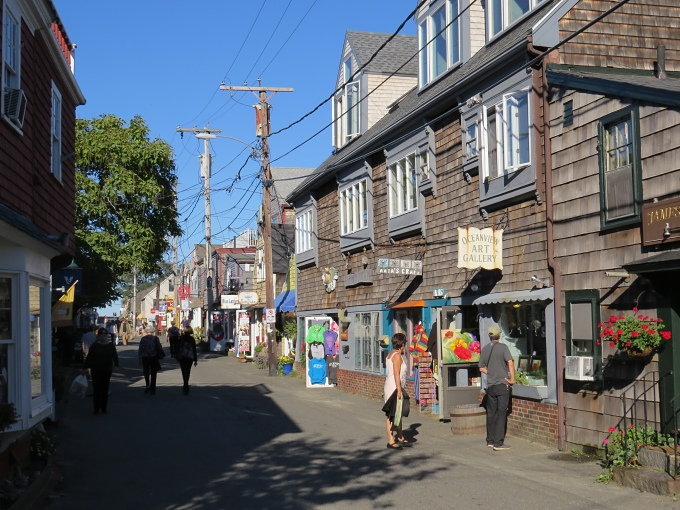 bearskin neck shops