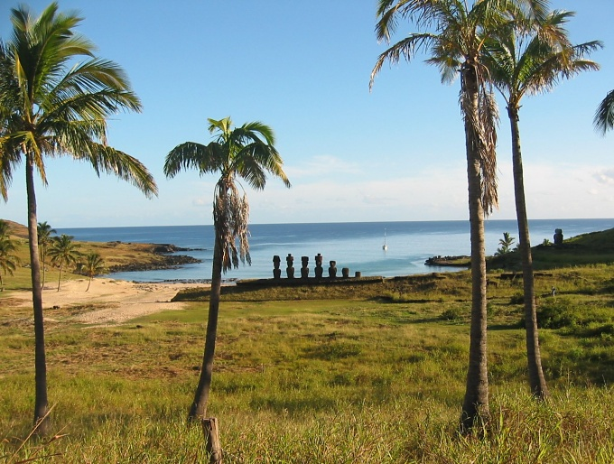 anakena view of cups