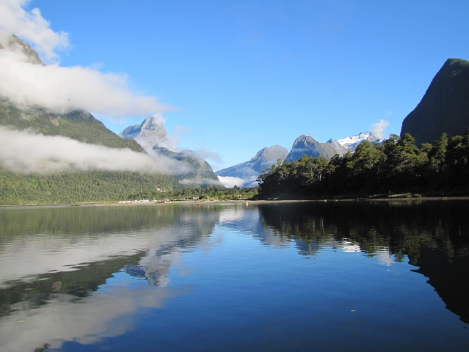 new zealand south island fiordland milford sound