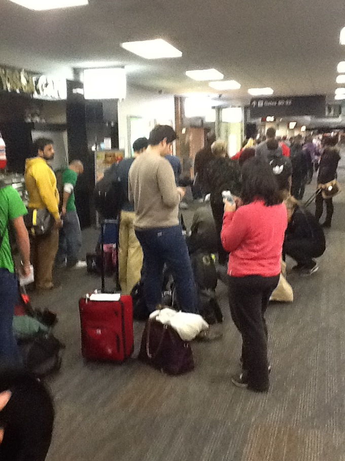 long lines at united