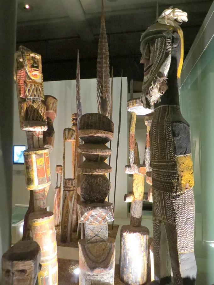 tiwi burial poles south australian museum
