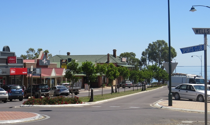 streaky bay street view