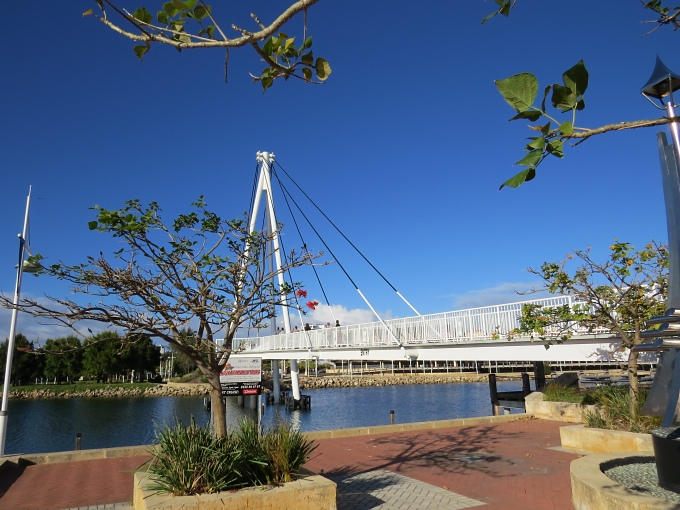 footbridge to foreshore