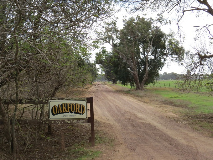 entrance to oakford farm