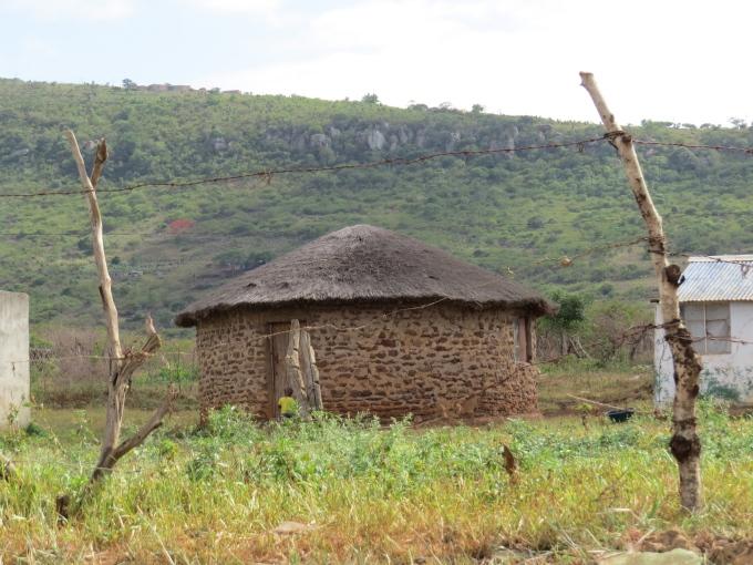 stone zulu hut mkhuse