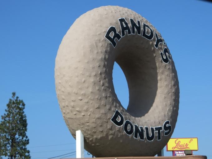 randys giant donut