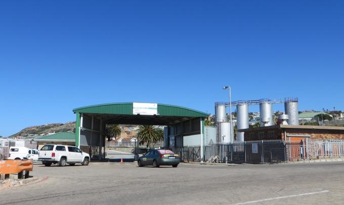port control gate