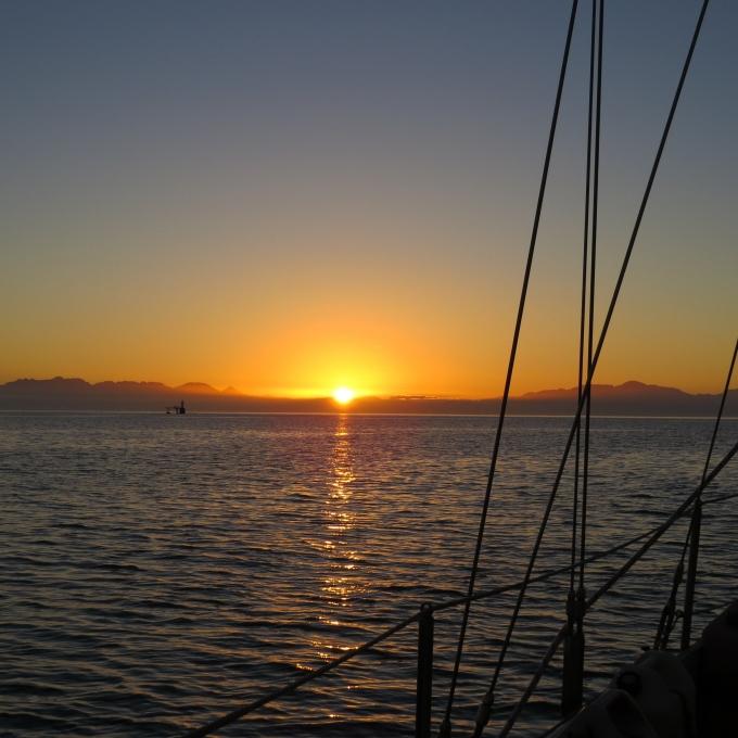 sunrise leaving simons town