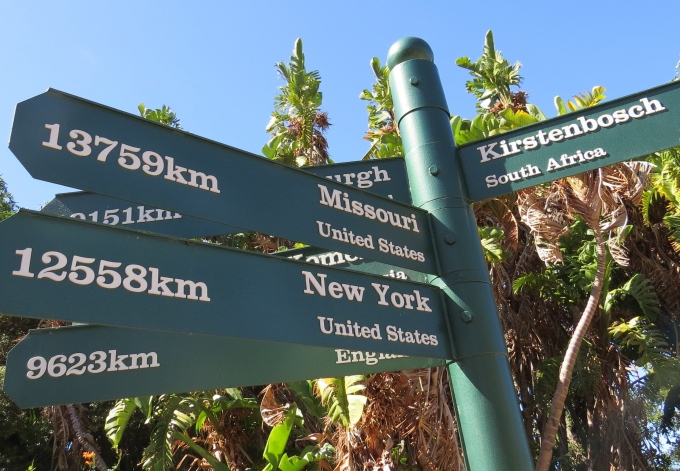 sign post kirstenbosch botanic garden