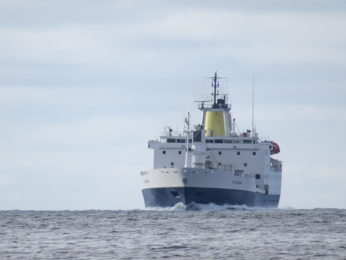 rms st. helena on approach