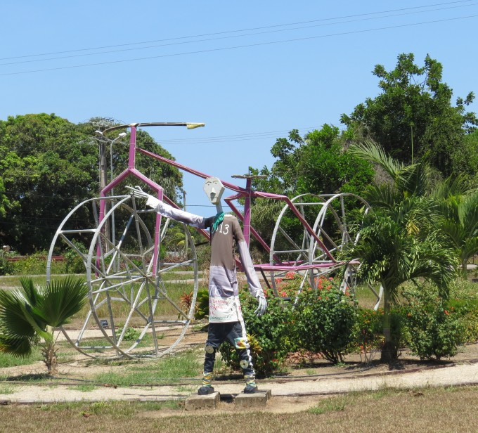 cool sculpture in sinnamarry french guiana