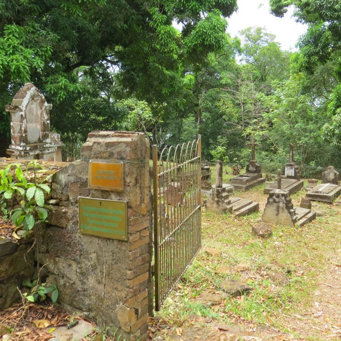 children's cemetary ile royale french guiana