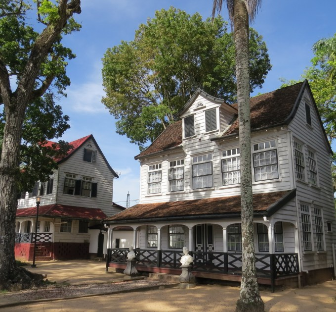 paramaribo dutch colonial houses