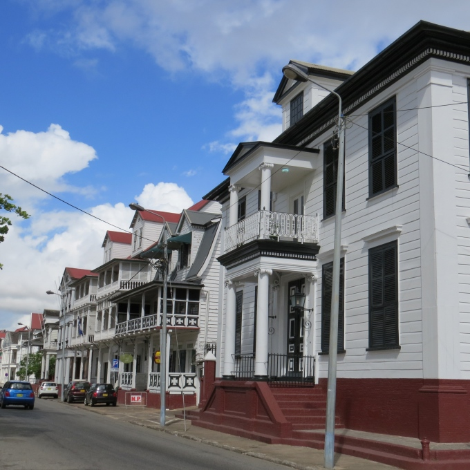waterkant houses in paramaribo