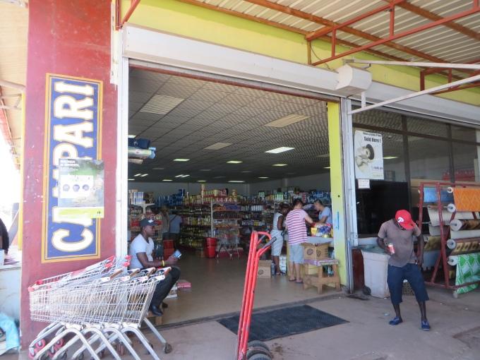 albina supermarket