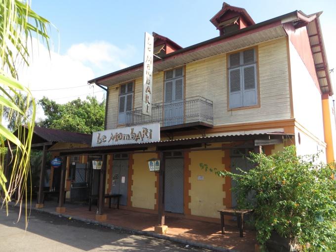 le mombari restaurant