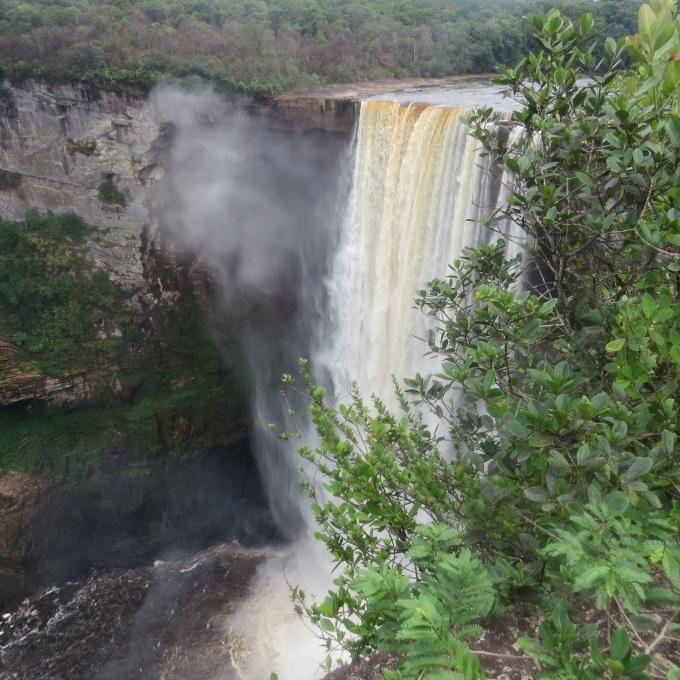 kaieteir falls guyana