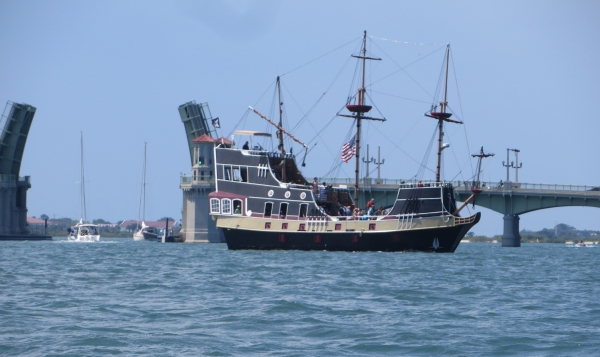 pirate ship in st. augustine, florida