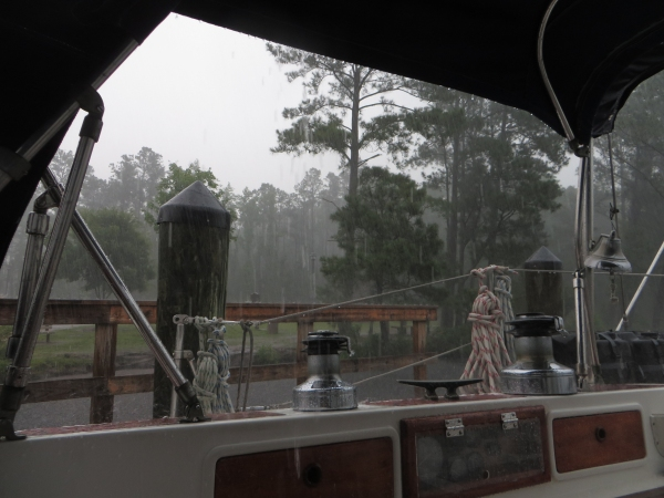 heavy rain on the intracoastal waterway