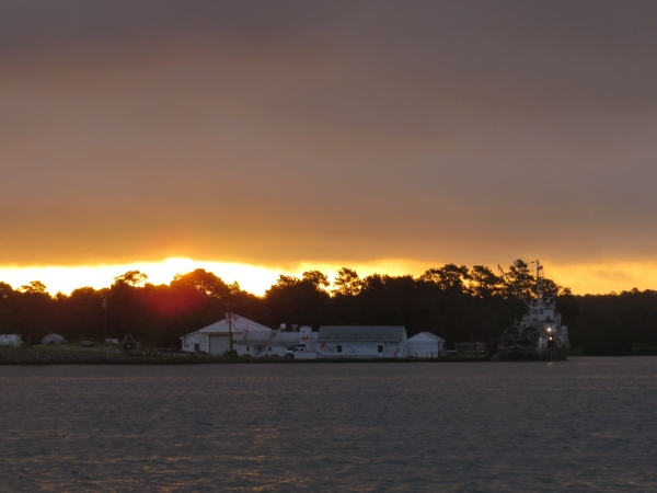 sunrise over reedville virginia