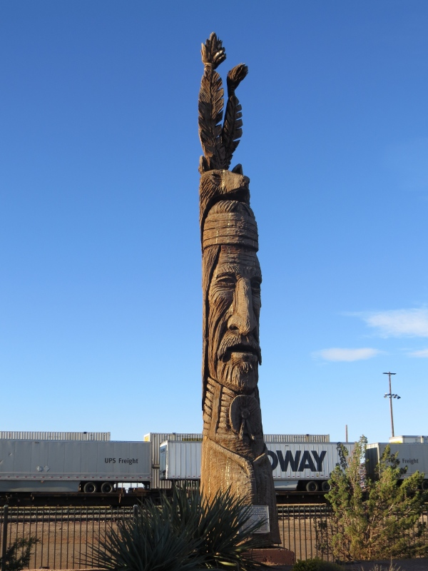 winslow totem pole