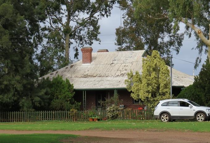 waroona australia farm house